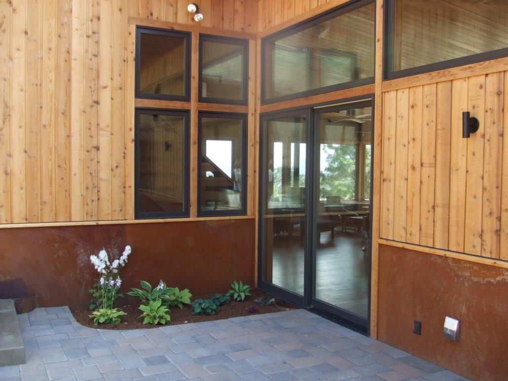 Modern Mountain home courtyard exterior for Winthrop Home