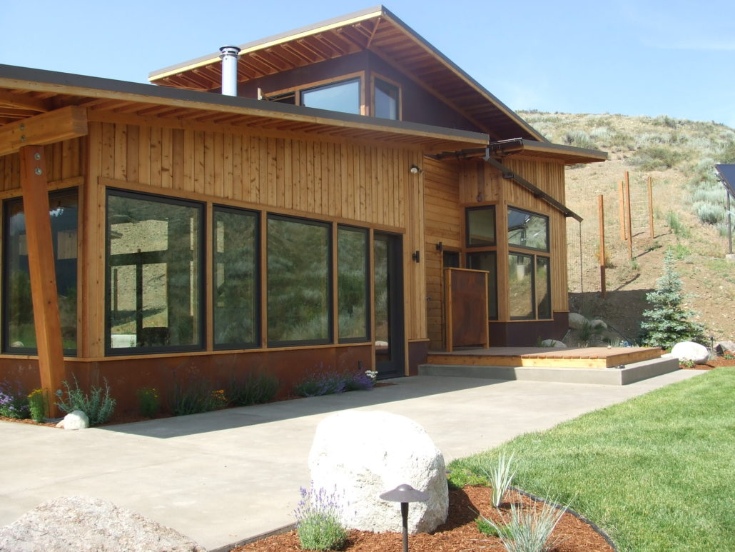 Methow valley builders contractor builder for Shed roof cabin